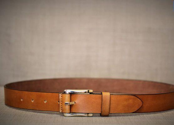 Cách phối đồ và kết hợp với 3 kiểu thắt lưng đúng điệu cho quý ông 8