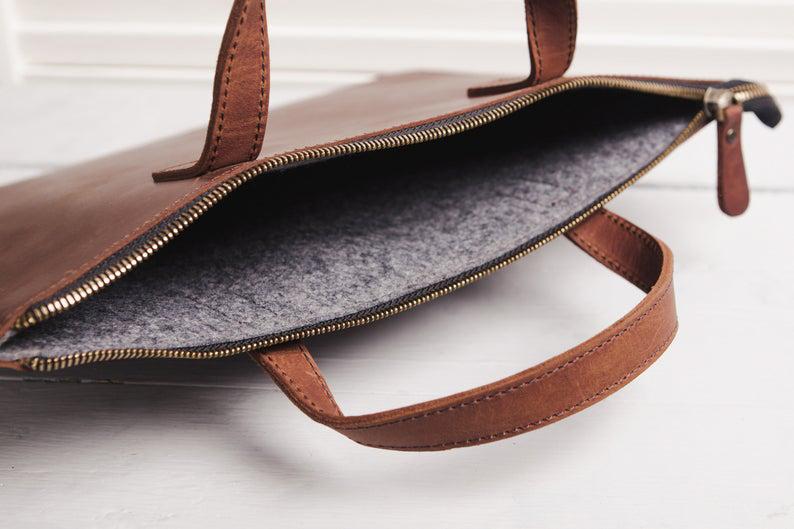 Túi da handmade đựng Macbook Pro 15 16