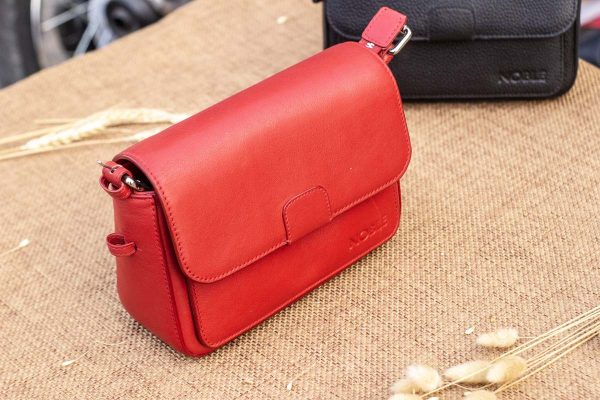 Túi xách nữ cỡ nhỏ, màu đỏ 3