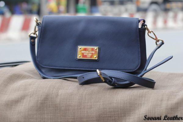 Túi xách nữ da bò màu xanh Navy 5