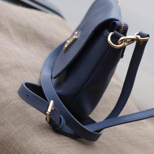 Túi xách nữ da bò màu xanh Navy 10