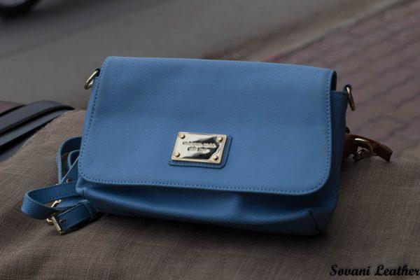 Túi xách nữ da bò màu xanh da trời nhạt 4