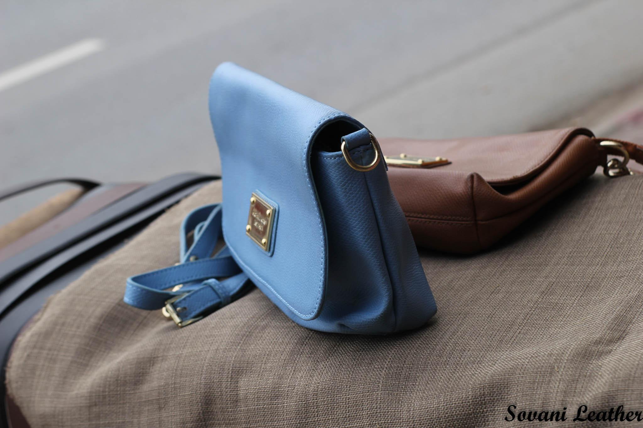 Túi xách nữ da bò màu xanh da trời nhạt 11